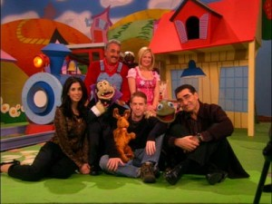 The show's cast on the Sweetknuckle set.