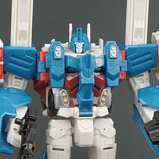 Year of the Magnus Part 2: Combiner Wars Ultra Magnus
